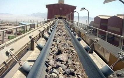 رتبه اول استان یزد در تولید سنگ آهن، خاک صنعتی و باریت در کشور