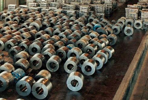 تابلوی ایست مقابل کاهش تعرفه های واردات فولاد