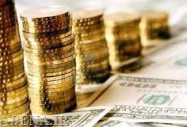 افزایش نرخ دلار بانکی و کاهش قیمت نفت جهانی