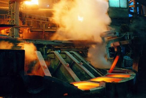 رمزگشایی از ارزان فروشی فولاد به خارجی ها/ عدم اخذمالیات برارزش افزوده از صادرات عامل تفاوت قیمت در داخل و خارج