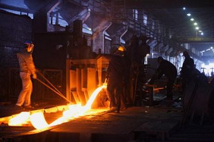 کارگران شرکت فولاد کویر دوباره به کار فراخوانده می شوند