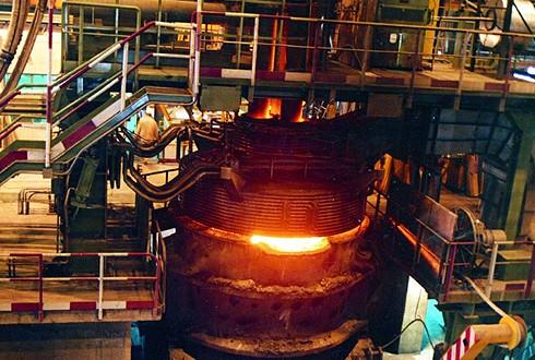 سالانه در ذوب آهن اصفهان یک میلیون و 200 هزار تن کک تولید می شود