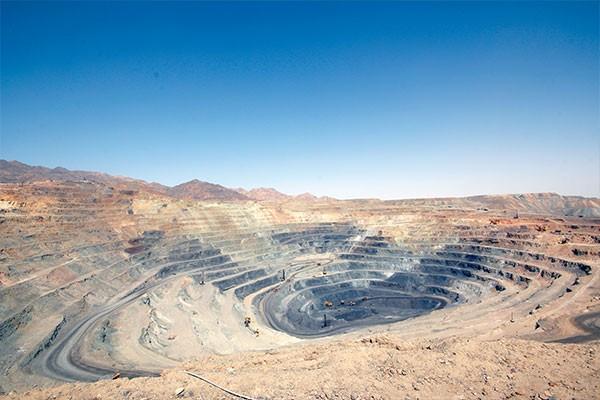 ذخیره سنگ آهن تا ٢٠ سال آینده/عدم تکنولوژی به روز و نیروی متخصص،اکتشاف را مشکل ساخته است