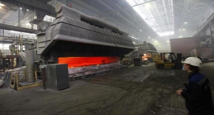آلکوا کارخانه آلومینیوم واریک را تعطیل میکند