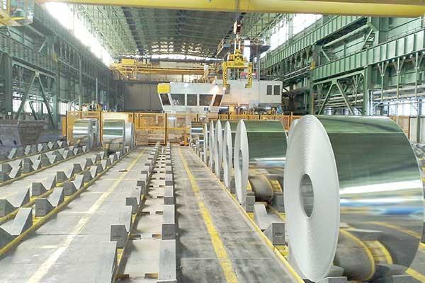 فولاد مبارکه درصدد خرید سهام تأمین اجتماعی در ذوب آهن است