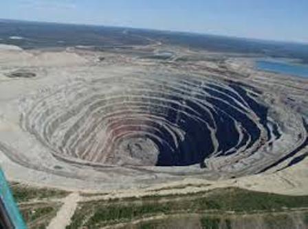 ثبات اقتصاد ملی و جهانی، رشد صنعت معدن را رقم می زند