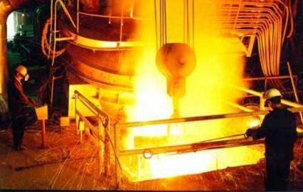 صادرات بیش از ۵۰ میلیون دلار شمش فولاد از شرکت فولاد کاوه جنوب کیش
