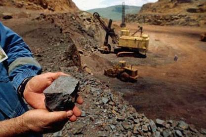 سهامدار عمده سنگ آهنی ها : سهم های معدنی امروز به طور جدی حمایت می شوند