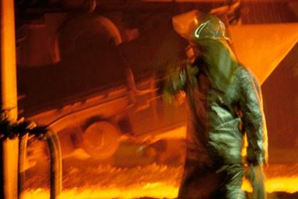 دستور لاریجانی به معاون خزانه برای حل مشکل حقوق بازنشستگان فولاد