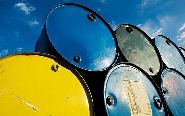 قیمت باز هم بالا رفت/ نفت از مرز ۵۰ دلار عبور کرد