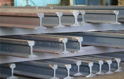 کوتاهی ذوب آهن مهمترین علت عدم تولید ریل ملی است