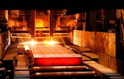 انتقاد از کم کاری دولت بریتانیا در برابر بحران صنعت فولاد