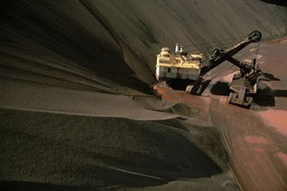 کاهش تقاضای فولاد چین بازار سنگآهن جهانی را نزولی کرد