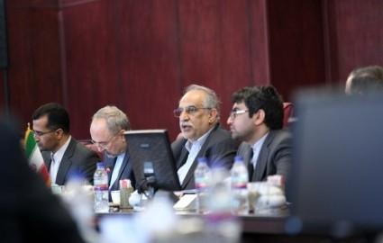 امضای سند همکاری شرکت ایکاروس و گروه توسعه و معادن شهر
