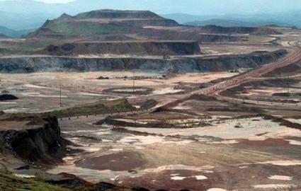 معدنکاری با ماشینآلات گرانقیمت صرفه اقتصادی ندارد
