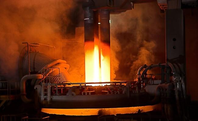 فولاد سازان به جای پول به طلبکاران فولاد می دهند