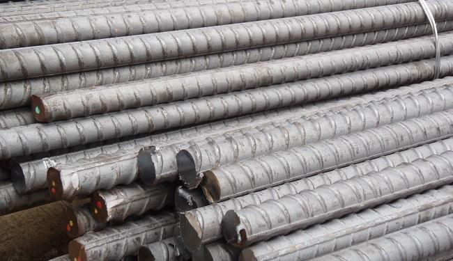 کاهش قیمت میلگرد، فشاری بر روی سنگ آهن