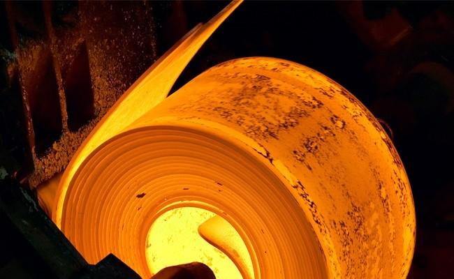 ظرفیتهای کاغذی فولاد به سرانجام میرسند؟