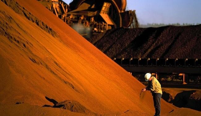 عرضه جهانی سنگآهن در ثبات