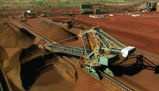 مشکلات و موانع رونق بخش معدن