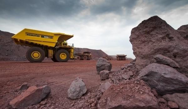 تب صعودی سنگآهن جهانی فرو نشست
