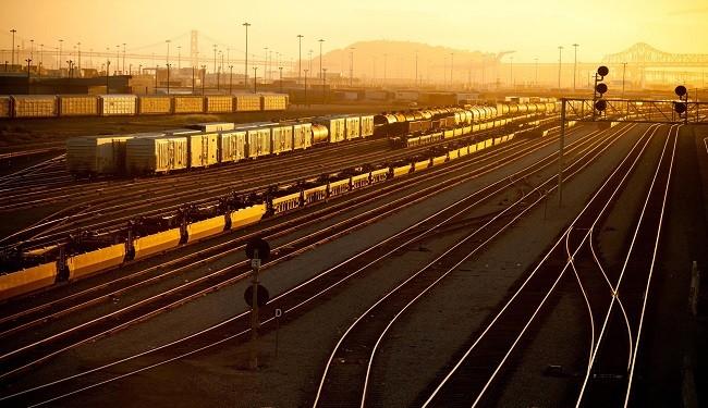 گزارش توليد ريل در ذوب آهن اصفهان | علی حسين غريبی