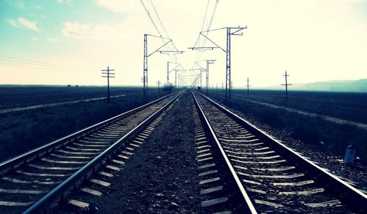 ضرورت دو خطه شدن خط ریلی معادن سنگان برای پشتیبانی از طرح جامع فولاد