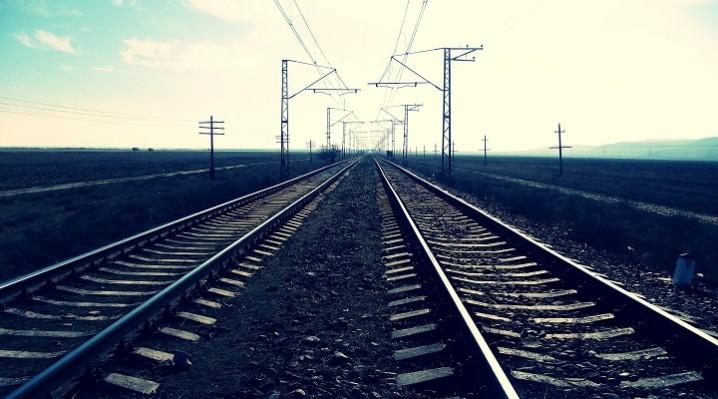 دهه فجر، زمان بهرهبرداری از ریل ملی