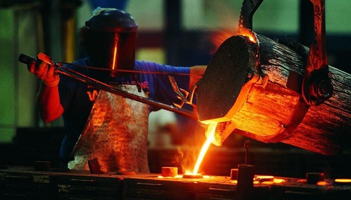 روند کاهشی قیمتها در بازار آهن ادامه مییابد