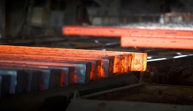 خطر واردات بی رویه برای صنعت فولاد ایران
