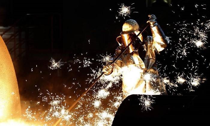 لزوم افزایش بهره وری تکنولوژی در تولید فولاد ایران | مهندس سید حسین احمدی