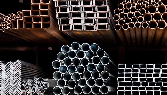 عرضه بیش از 100 هزار تن سبد میلگرد و تیرآهن و نبشی ذوبآهن
