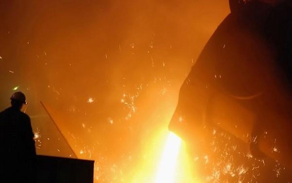 افت قیمت سنگآهن و فولاد موقتی است