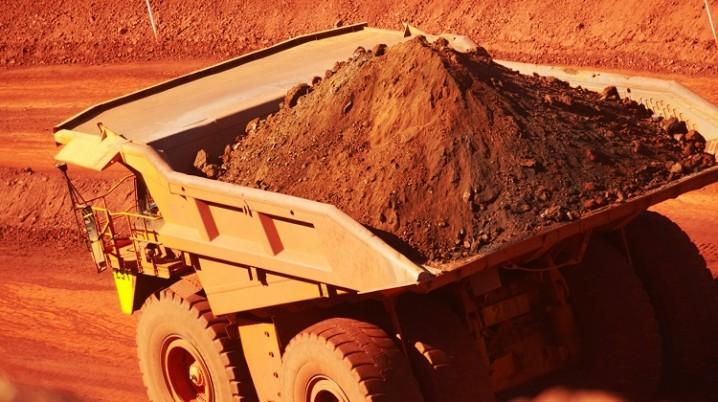 انتقاد صریح از مدیران مس، سنگآهن و زغال سنگ