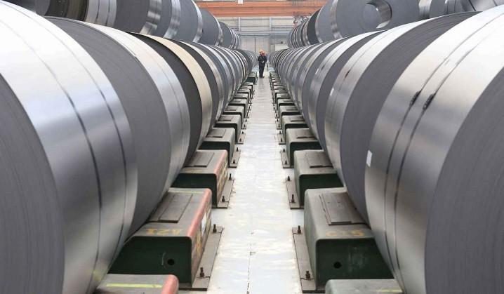 کاهش تقاضای فولاد چین به کاهش ظرفیت تولید منجر میشود