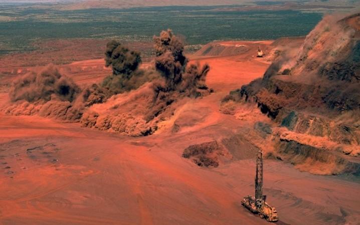 اکتشاف معدنی زمینگیر اطلاعات پایه و بودجه