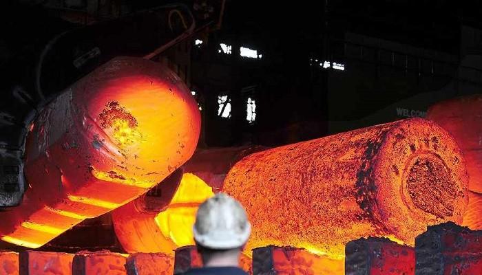 انتقاد تولیدکنندگان فولاد از سیاست تعرفهای دولت