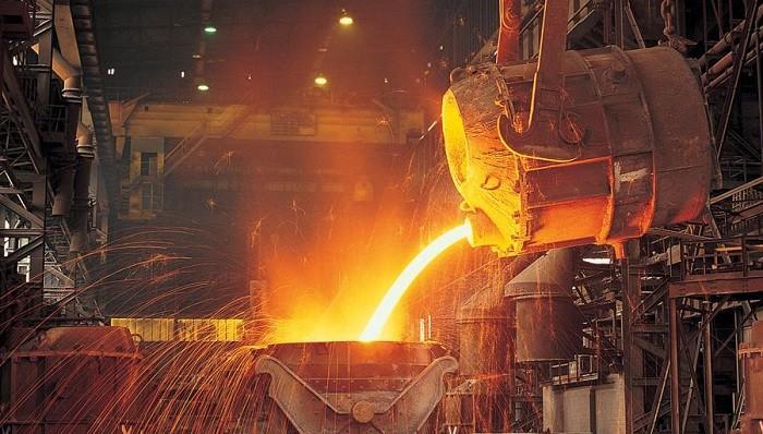 توجه به مزیتها و چالشها در تدوین استراتژی صنعت فولاد | احمد کارگهی