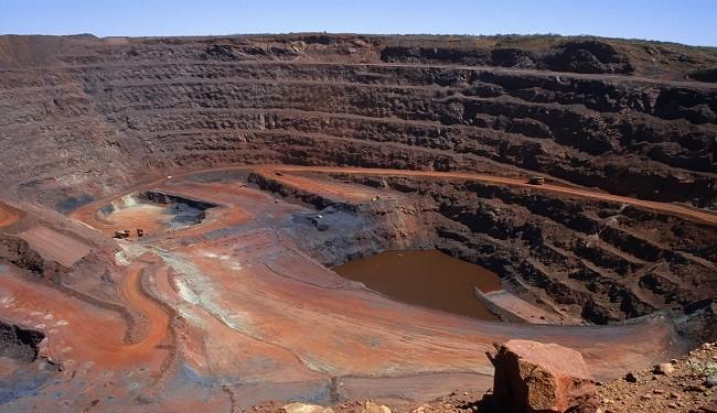 جبران کاهش درآمد سنگ آهنیها در دستور کار وزیر صنعت