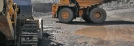 نوسان قیمت سنگ آهن در بازار چین