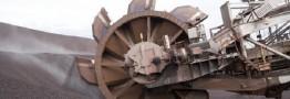رشد لاک پشتی در بازار سنگآهن