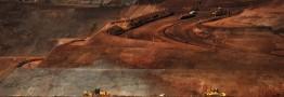 سقوط قیمت سنگآهن ادامه دارد