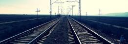 توقف قطار توسعه در ایستگاه حمل و نقل ریلی